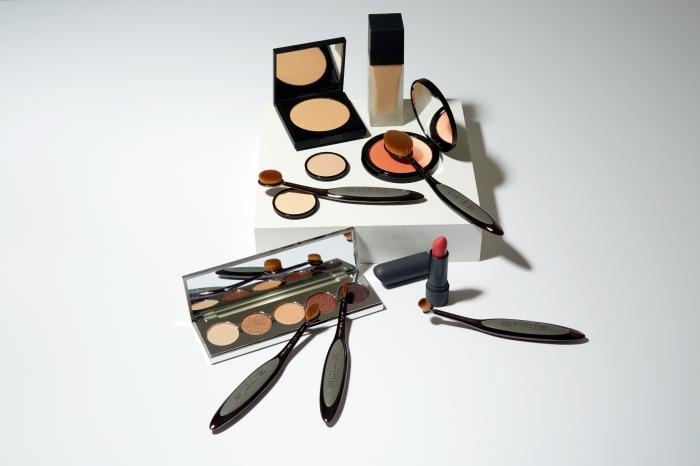 Bien choisir et utiliser son kit de pinceaux à maquillage